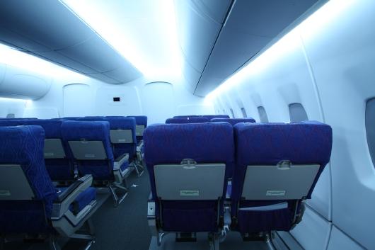 Osram-LED-Flugzeuglicht blau