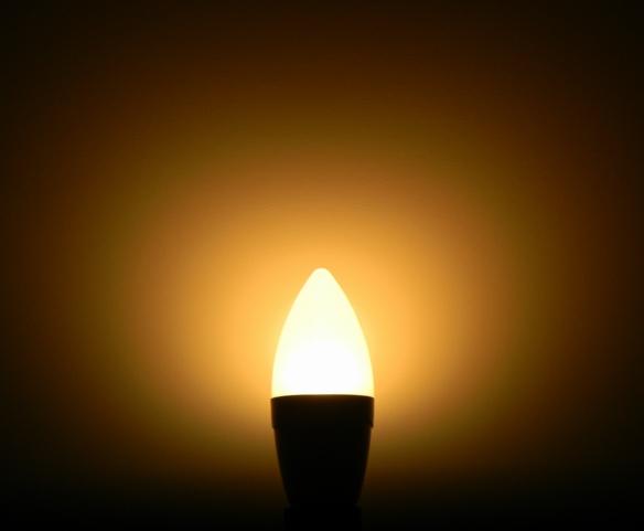 LEDON-5W-Kerze-neu-Leuchtbild