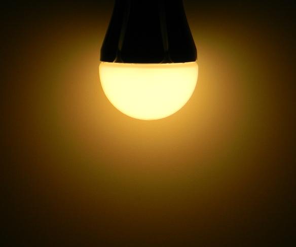 Delock-E27-10W-Leuchtbild