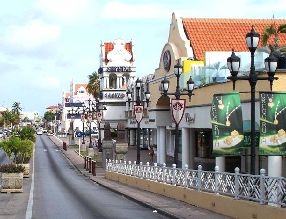 Aruba_Oranjestad_MainStreet