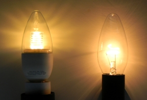 Glueh-LED-Kerze-klein