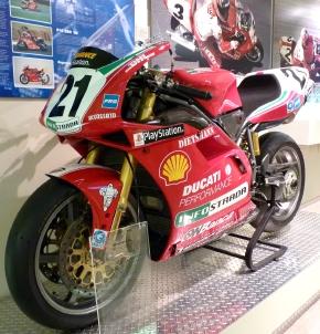 Ducati_996_Racing