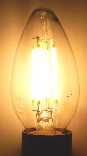 Velios-E14-Fadenlampe-an