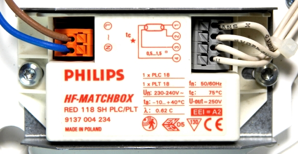 Philips-HF-Matchbox-RED